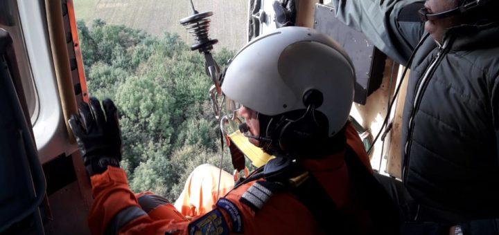 Exercițiu cu forțe și mijloace în teren al pompierilor ieşeni pentru gestionarea integrată a situaţiilor de urgenţă determinate de producerea unui incendiu la fondul forestier